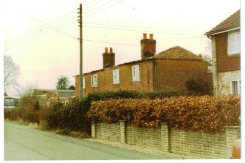 2015-151 Chapel Road Cottages