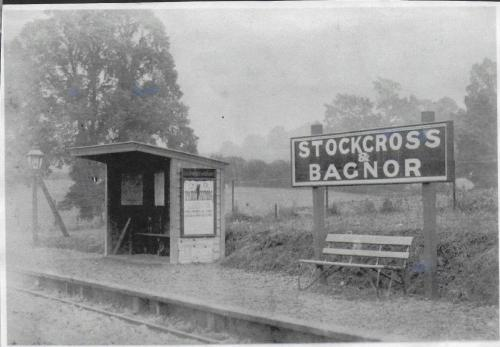 2018-1496 Stockcross & Bagnor Station